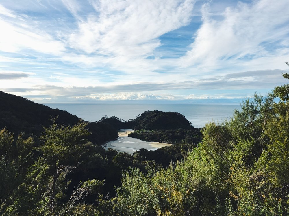 Just another peek-a-boo view on the Abel Tasman track.