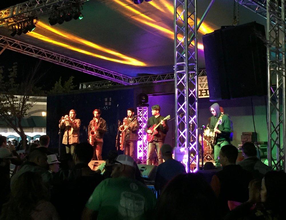 Band at yfhf