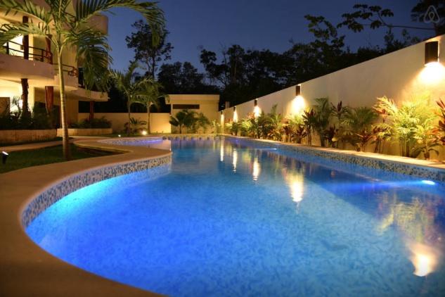 selva 206 pool copy.jpg