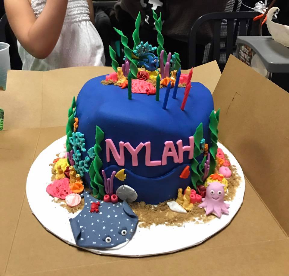 Alisha also did Nylahs cake for her third birthday pictured above.