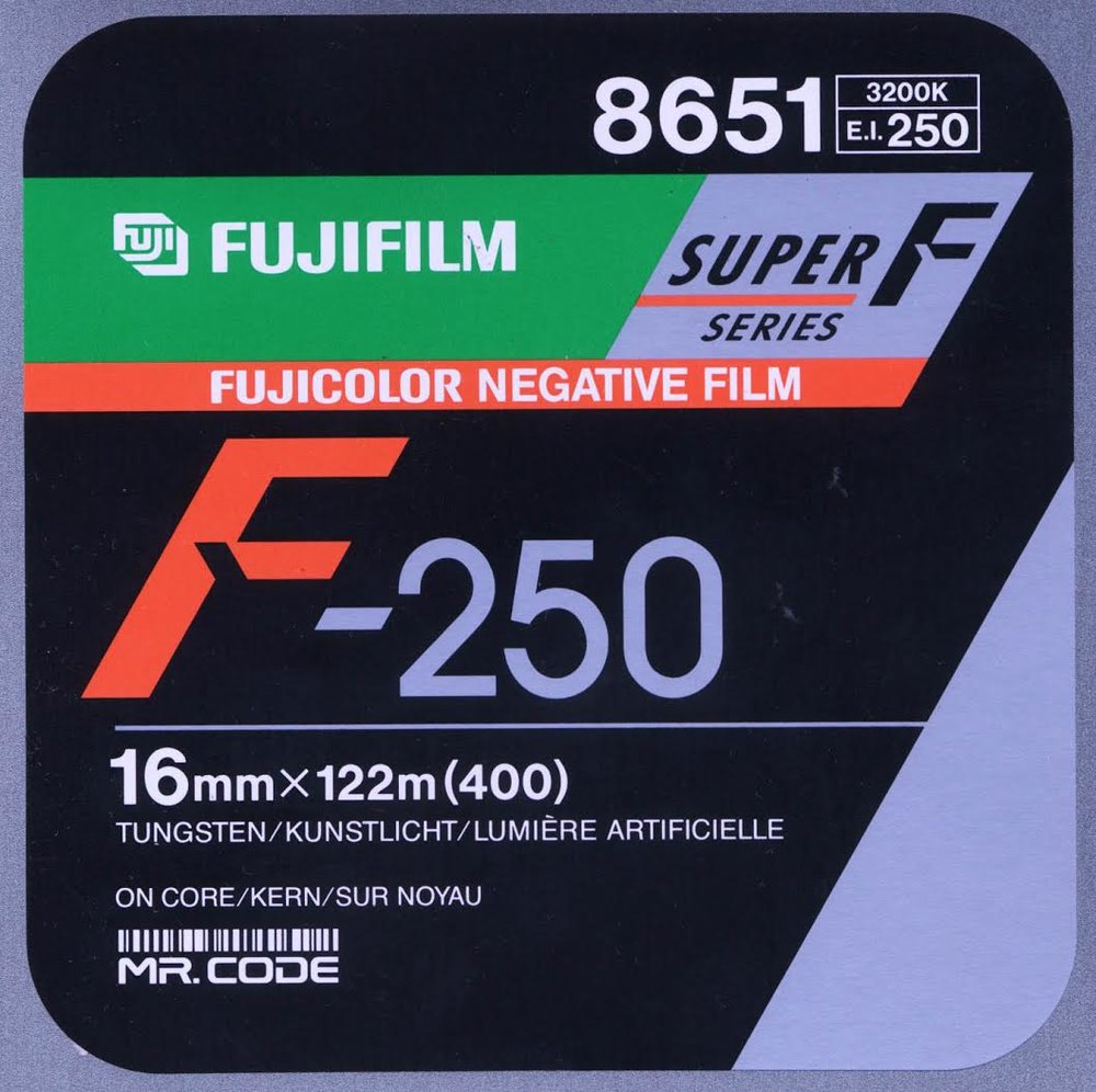 FUJI F-250T 8652 COLOR NEGATIVE 16MM $30 - 100ft DAYLIGHT SPOOL, D-PERF CURRENTLY OUT OF STOCK