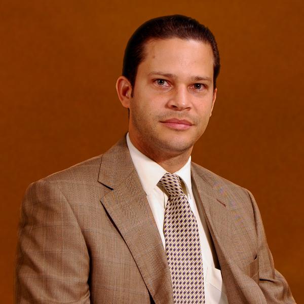 Edwin Espinal    1er. Vicepresidente