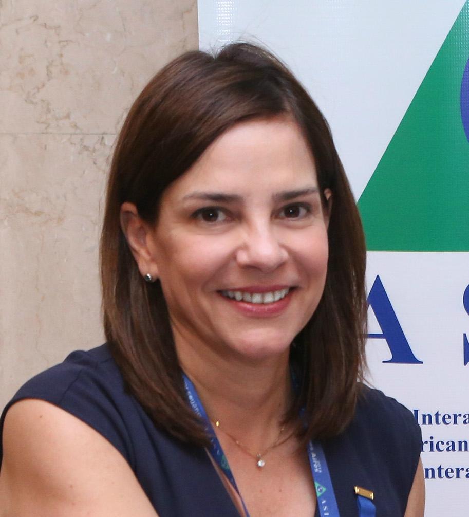 CONSEJO 2010-2012    María Troncoso    Presidente