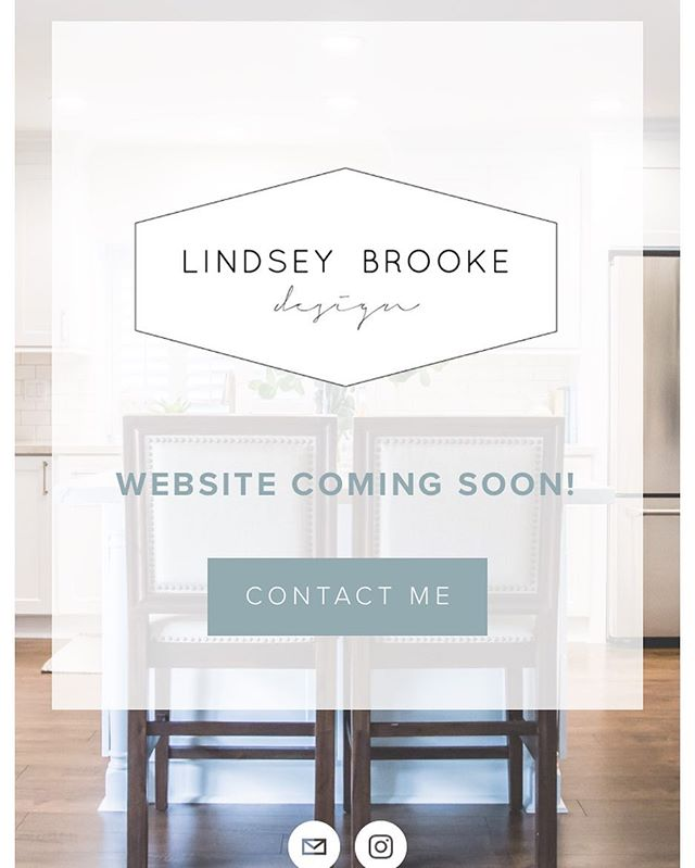 Man guys I have been slacking in the Instagram world these days, mostly because #pottytraining 🙄 but also because I have been working on getting all my content for this beauty right here 👆🏻. I'm so excited and we are getting soooo close. I can't wait to share with you all everything I've got cookin! #worththewait
