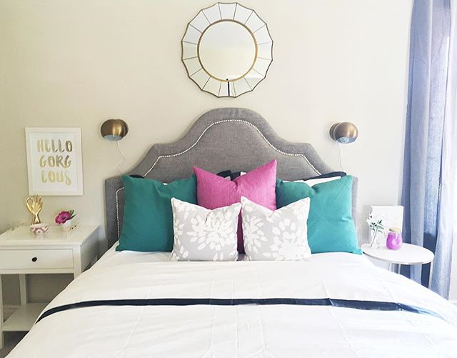 It's been a busy today for LBD! We spent our morning flipping this room as a surprise for my clients daughter. Working on photos and getting it together for a blog post with all our sources linked. Including these amazing grey patterned pillows from @whitehavendesigns. Our favorite at the moment!