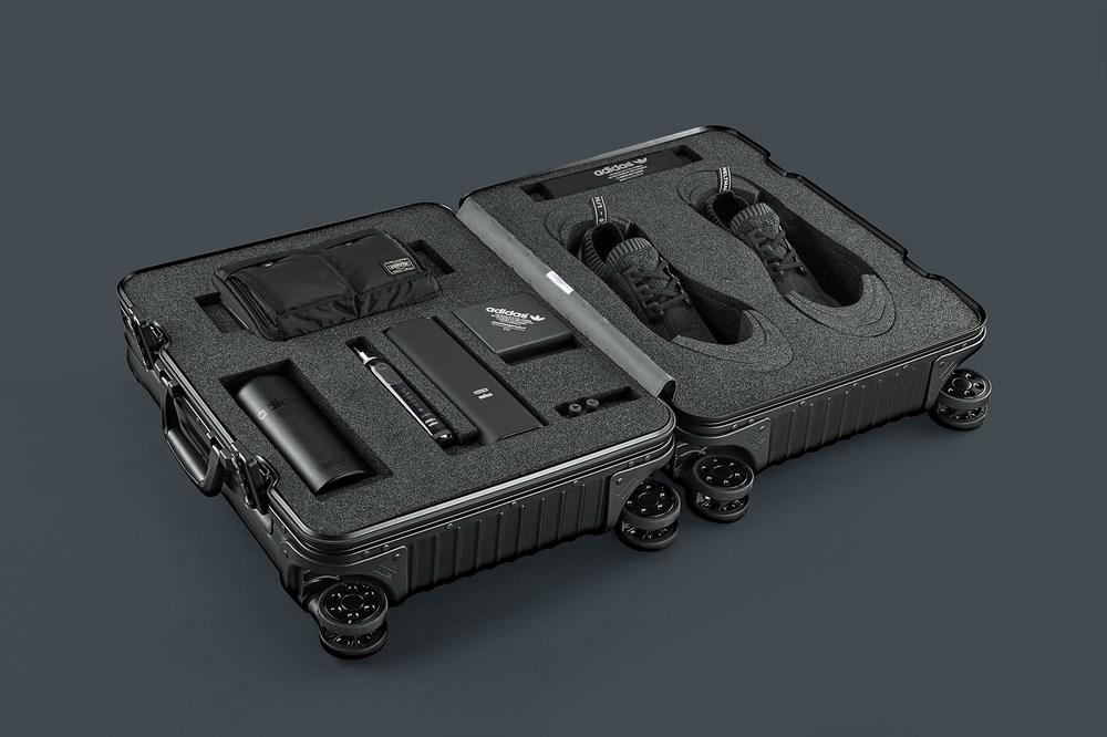 adidas-nmd-r1-pk-pitch-black-friends-family-6.jpg