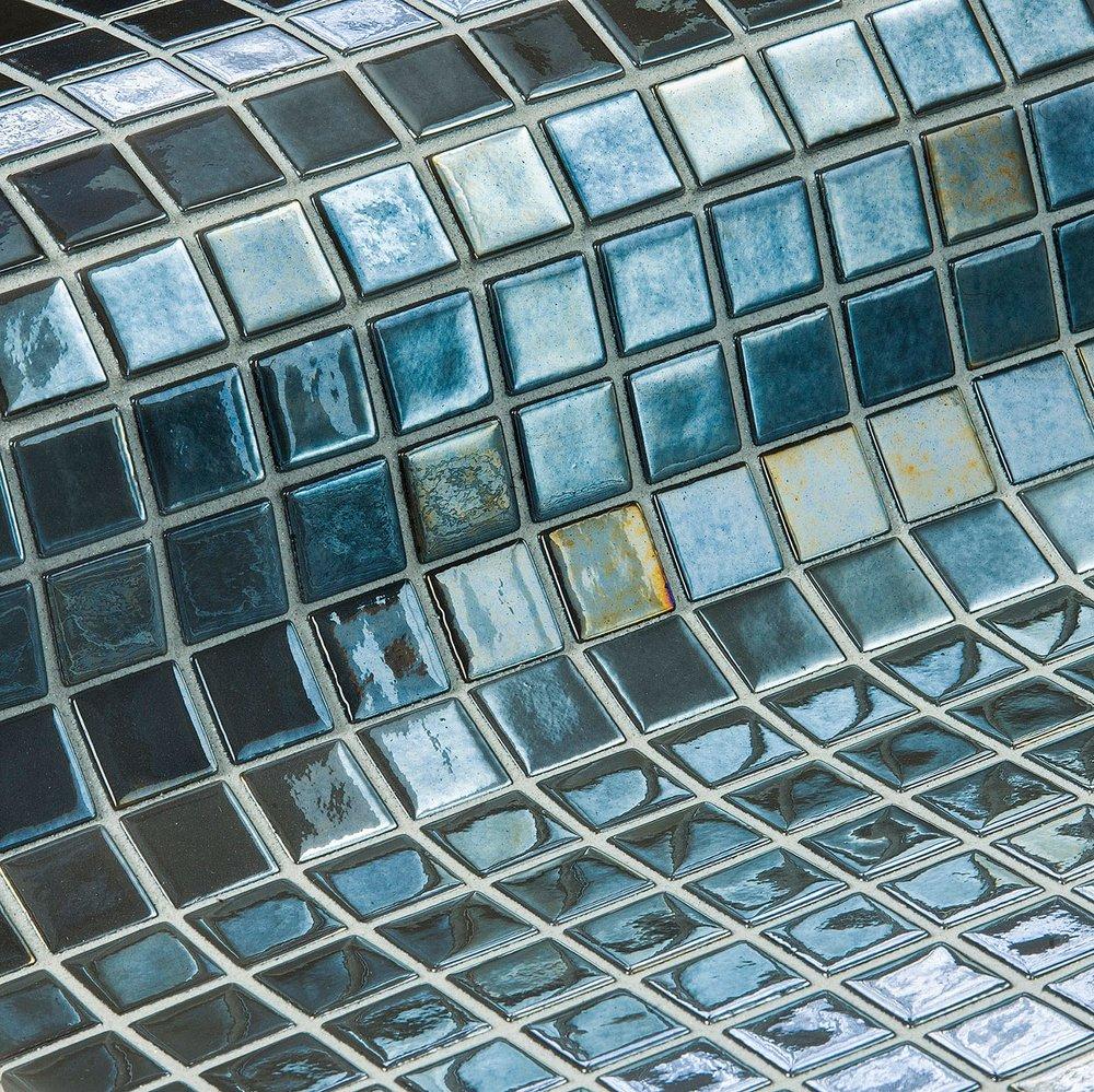 Inox-Metal-Mosaic-Ezarri.jpg