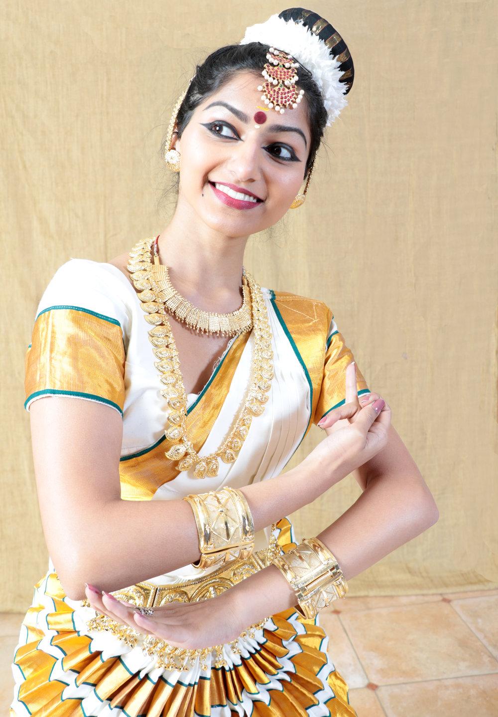 Mohiniaatum Dancer
