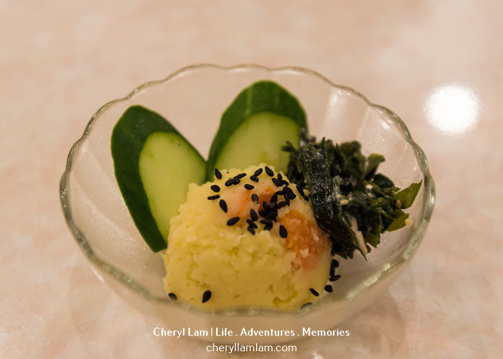 Complimentary side dish / appetiser : potato salad