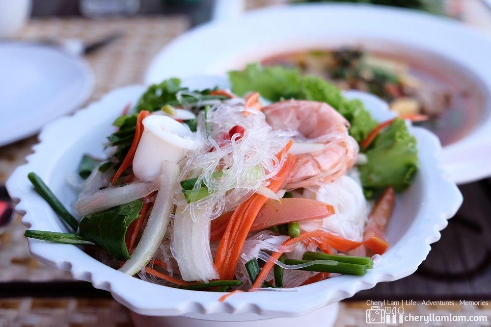Seafood glass noodles salad