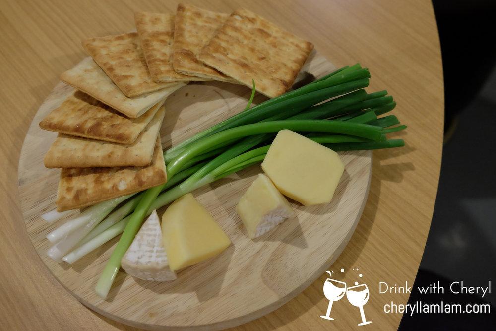 Grapes & Malts Signature Cheese Board