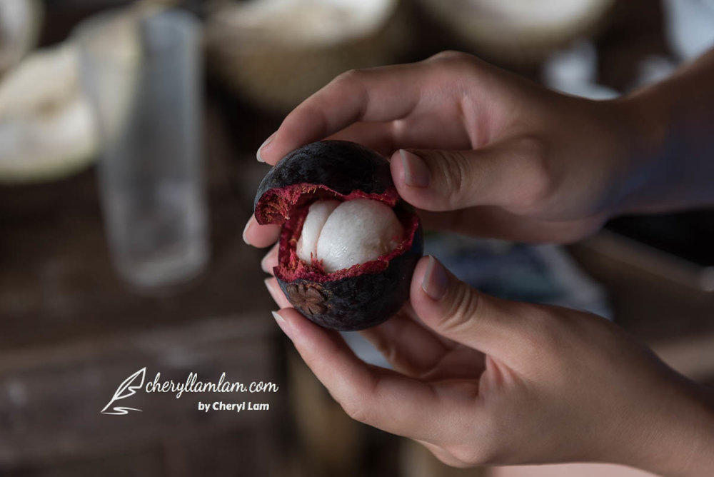 Mangosteen - The best complement to durian!