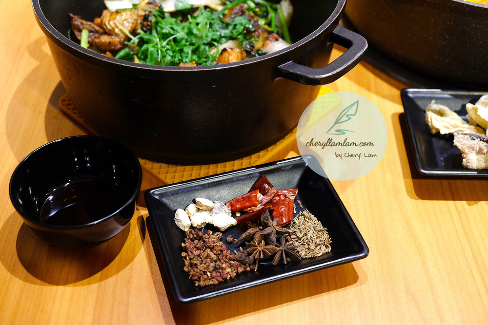 As you like hong kong chicken pot - dry pot with stingray