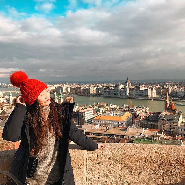 Blog updated on Budapest ✌🏻️ Follow my 3 days itinerary ~ Link on bio :) #cheryllamtravels #cheryllaminbudapest