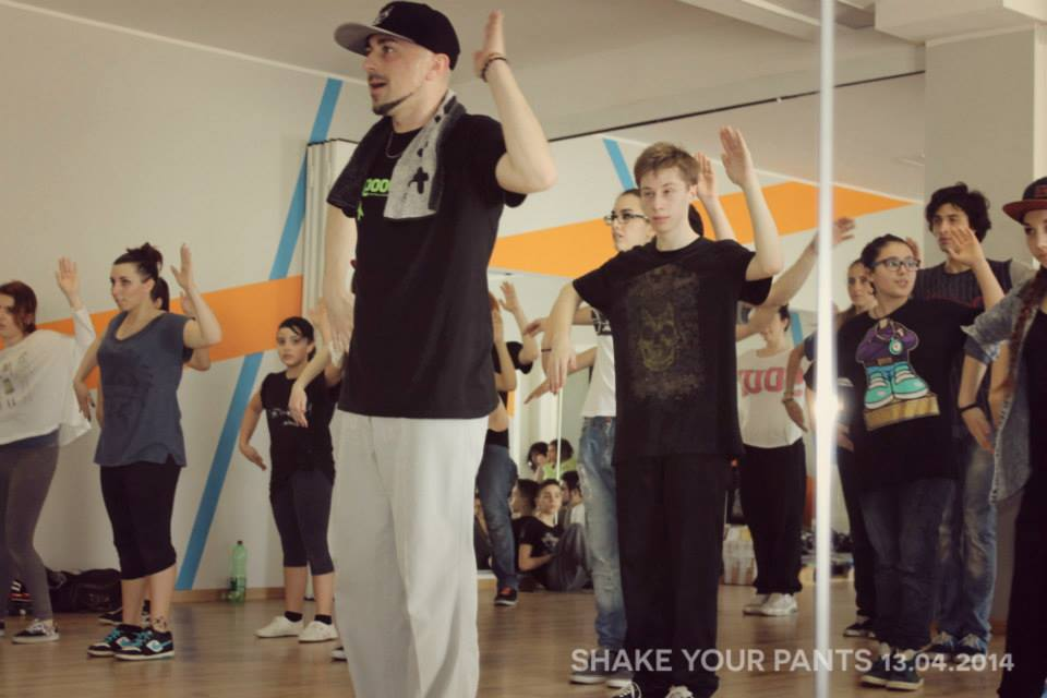 Lezione Funky style Popping