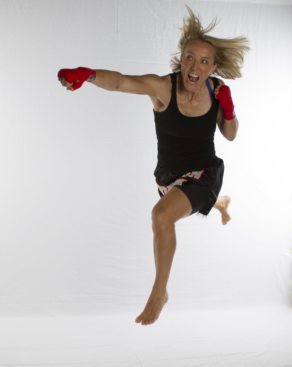 UFC_supergirl.jpg