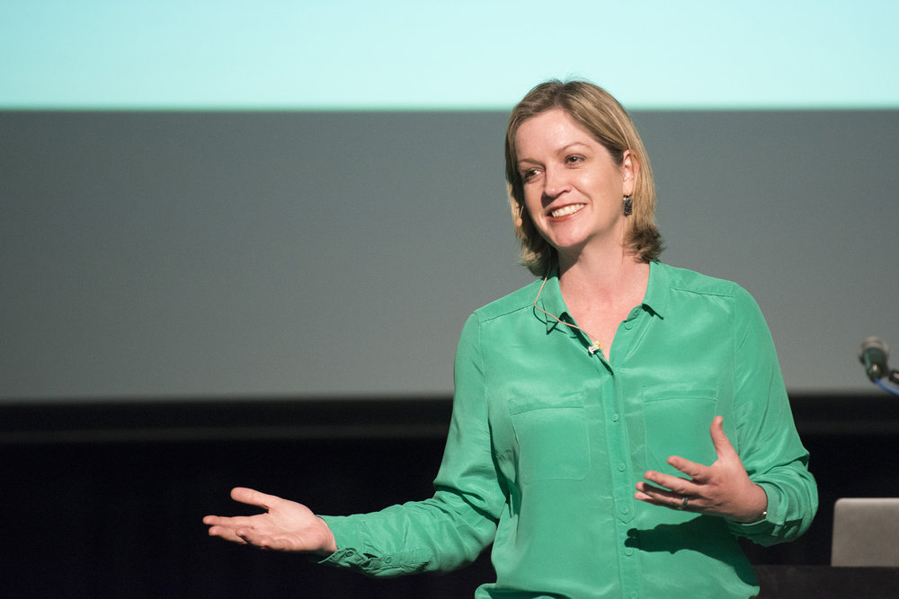 Rachael Robertson - Leadership AND Teamwork Speaker, Author and expert