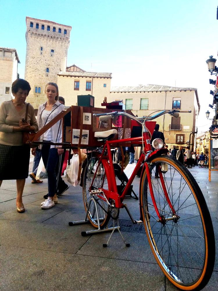 Segovia_plaza-de-las-sirenas.jpg