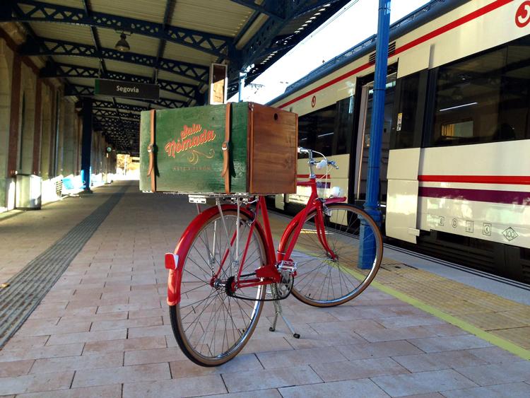 Segovia_estación-con-tren.jpg