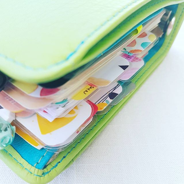 I made new top tab #dividers  #diy #diyplannerproject . . #planning #planneraddict #plannerlove #VDSplanner #vanderspek #personalplanner  #customplanner #standardsizeplanner