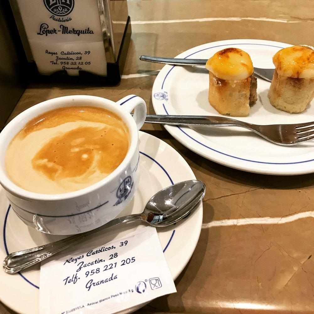 piononos at Café Pasteleria Lopez-Mezquita