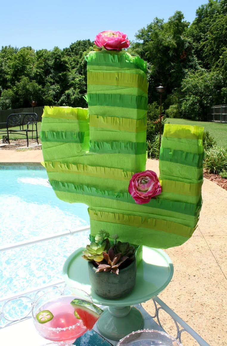 summertime-splash-pool-party-cactus-pinata.jpg