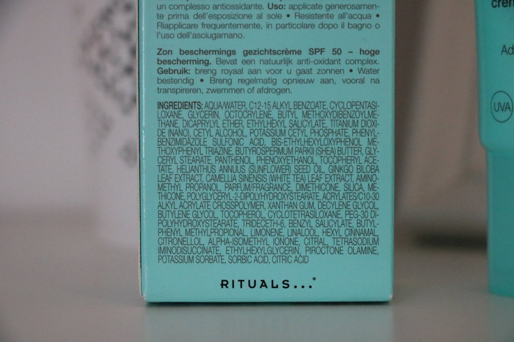 Sun protection face cream by Rituals. It contains both physical (titanium dioxide) as chemical sunscreen ingredients.