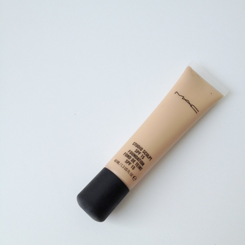 MAC Studio Sculpt SPF 15 Foundation in NC20