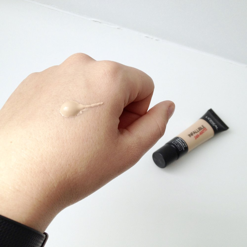 L'Oréal Infallible 24h-Matte Foundation in Vanilla (11)