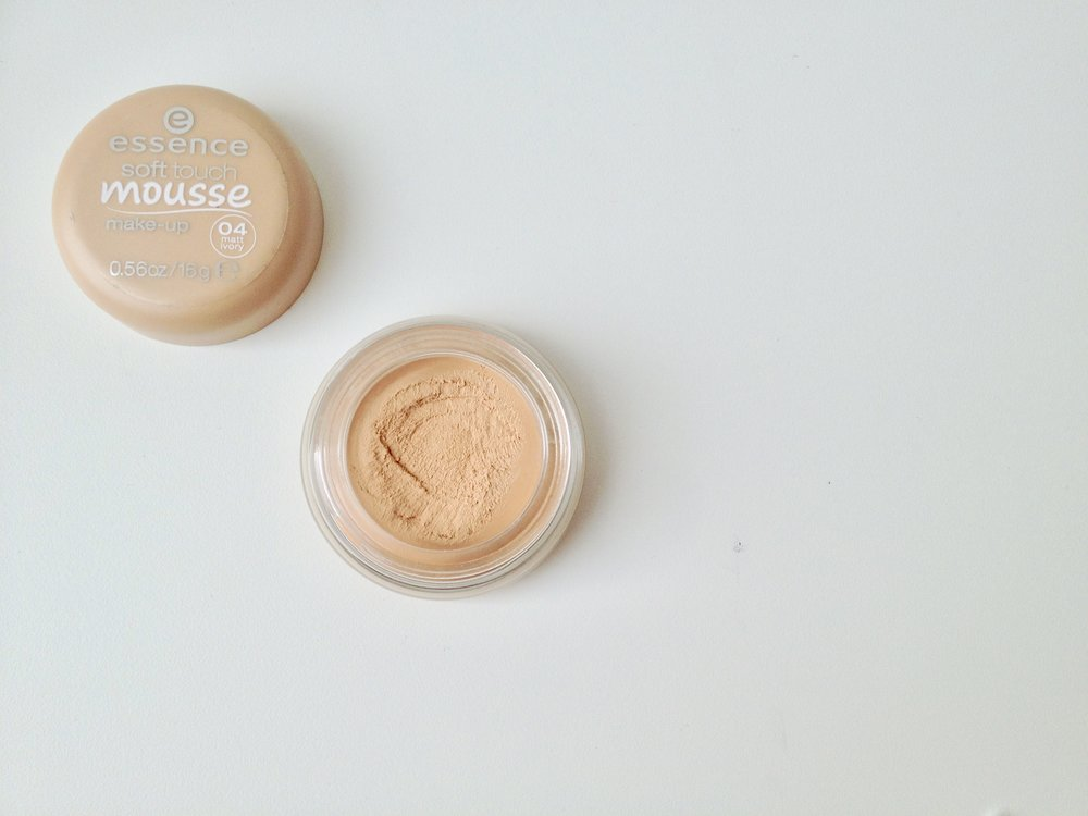 Essence Soft Touch Mousse Makeup in Matt Ivory (04)