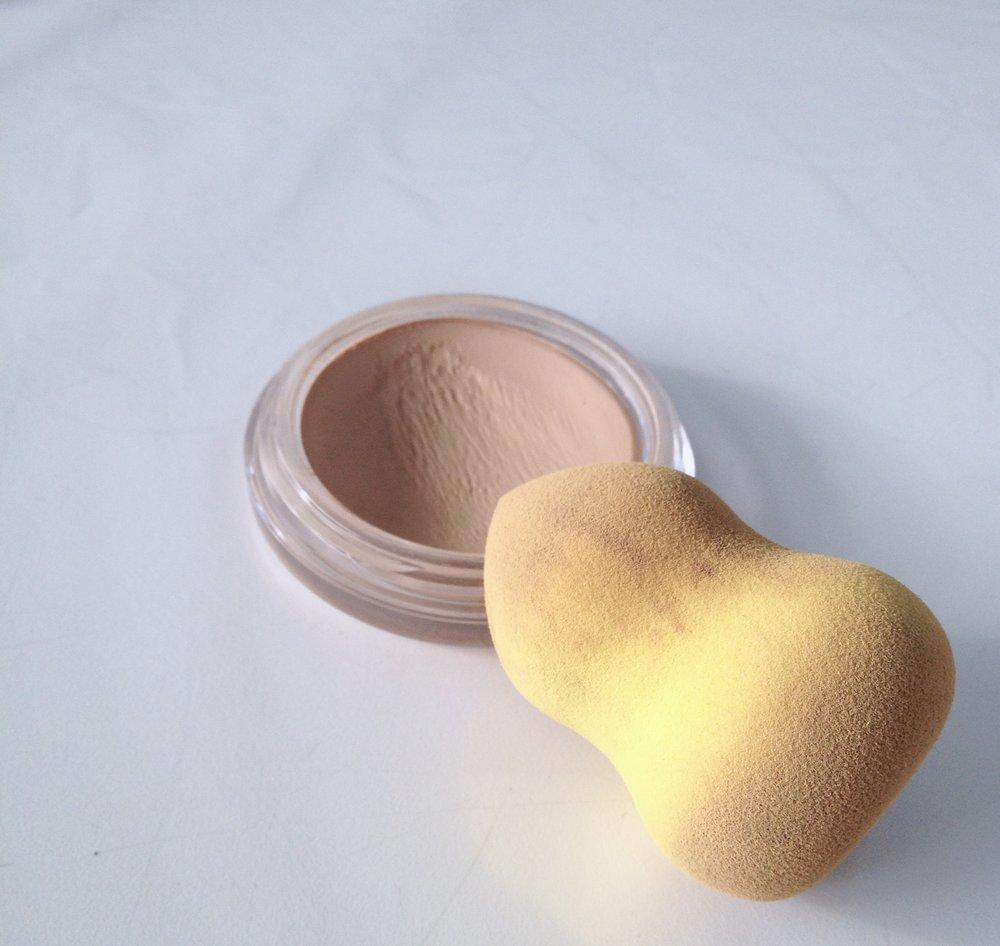 Mikasa Lemon Drop Sponge