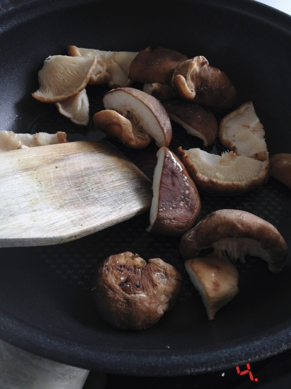 Sauté the shiitakes in a teriyaki marinade to help bring out the taste of these shiitakes.