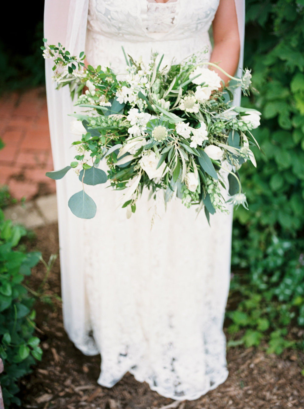 greenhouse-wedding-inspiration-by-laurelyn-savannah-photography-134.jpg