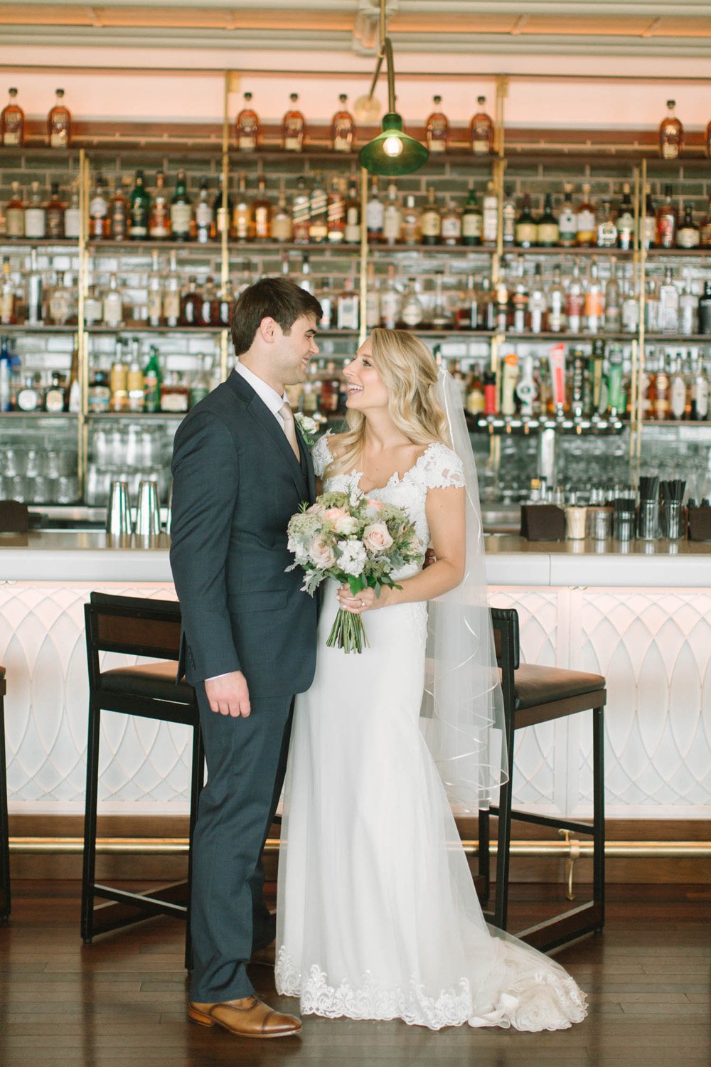 kateweinsteinphoto_kimpton_milwaukee_the_atrium_wedding-132.jpg