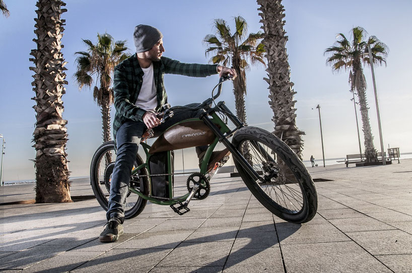 rayvolt-vintage-electric-bike-cruzer-designboom-04.jpg