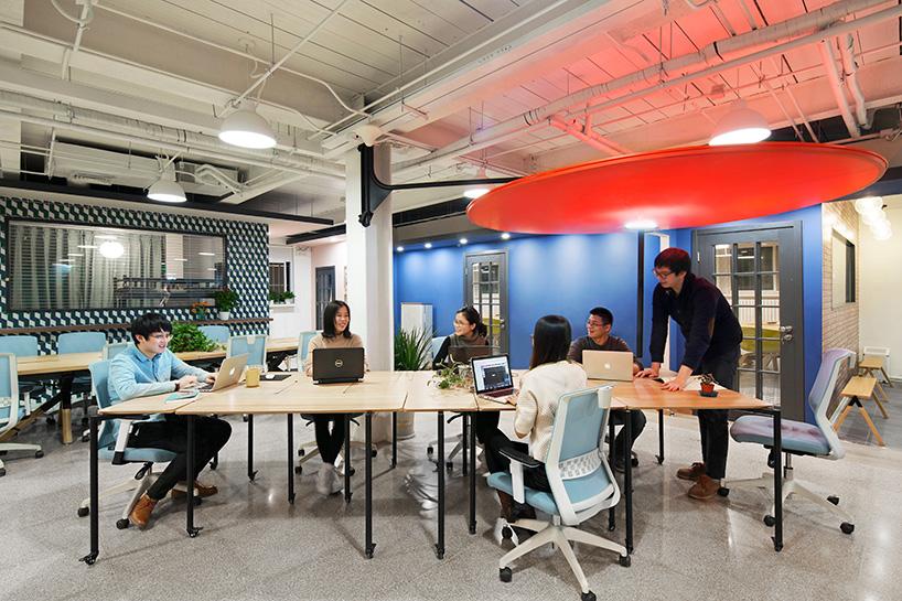 peoples-industrial-design-office-tetris-table-designboom-08.jpg