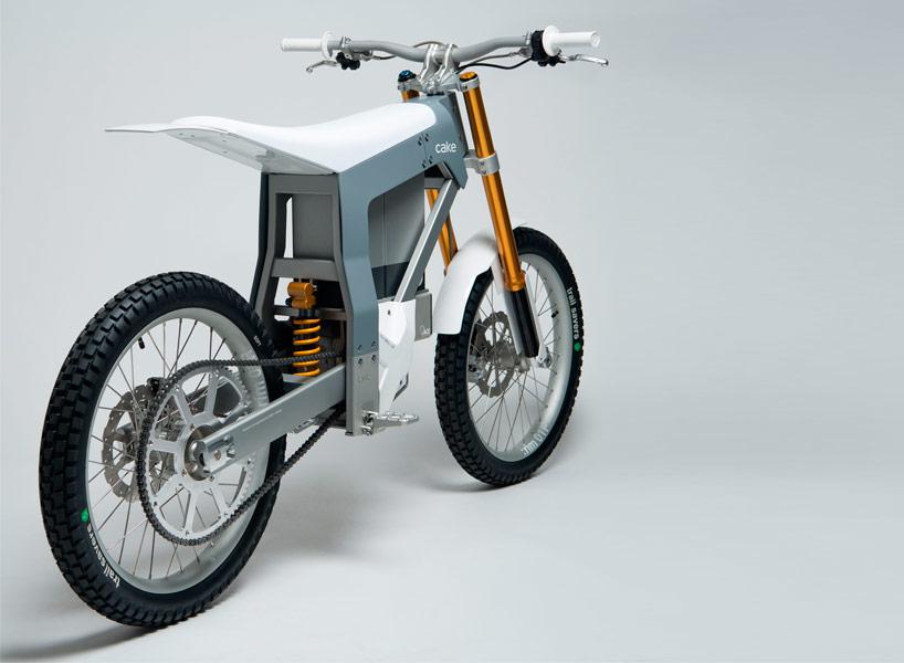 cake-kalk-electric-motorcycle-designboom02.jpg