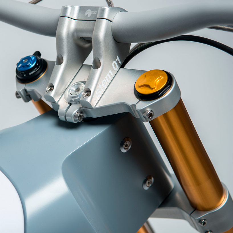cake-kalk-electric-motorcycle-designboom03.jpg