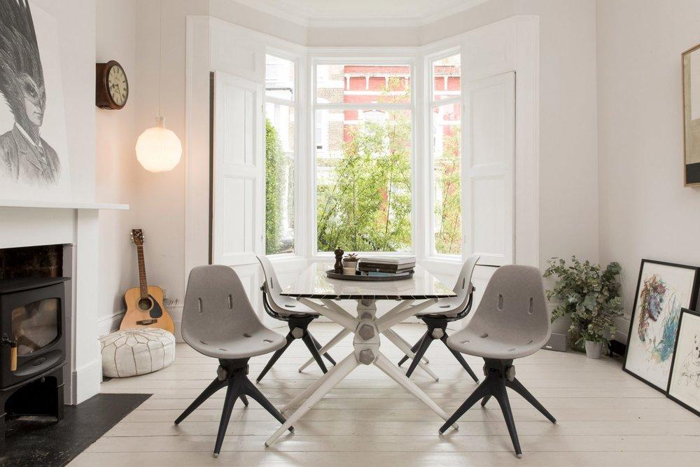 pentatonic-launch-flat-pack-furniture-sustainable-design_dezeen_2364_col_5-1704x1136.jpg