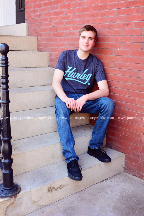 downtown Norfolk Freemason senior portrait Jan Casper Photography Virginia