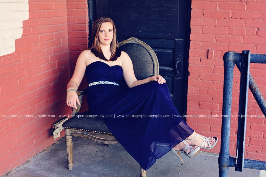 neon arts district Norfolk Virginia senior portrait Jan Casper Photography