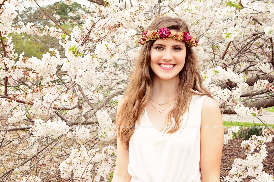 Norfolk Botanical Garden Virginia senior portrait Jan Casper Photography