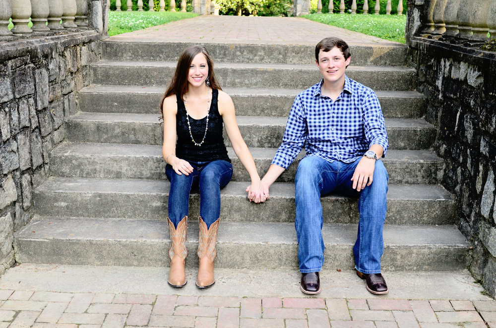 Norfolk Botanical Garden engagement portrait Jan Casper Photography Virginia