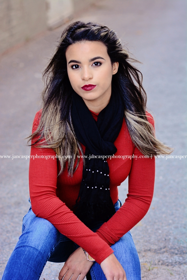 senior portrait downtown Norfolk Jan Casper Photography Virginia
