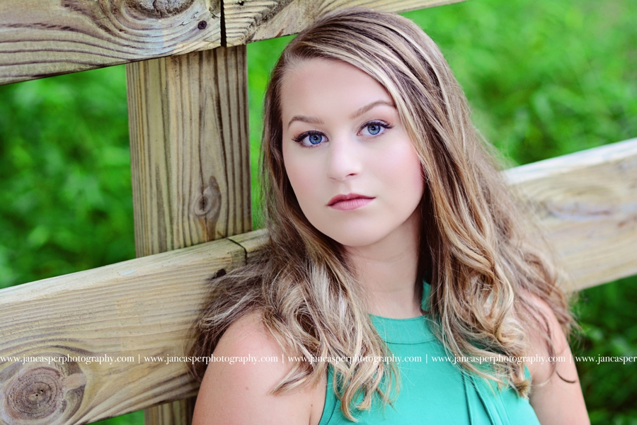 senior portrait Jan Casper Photography Virginia Beach Red Wing Park Virginia