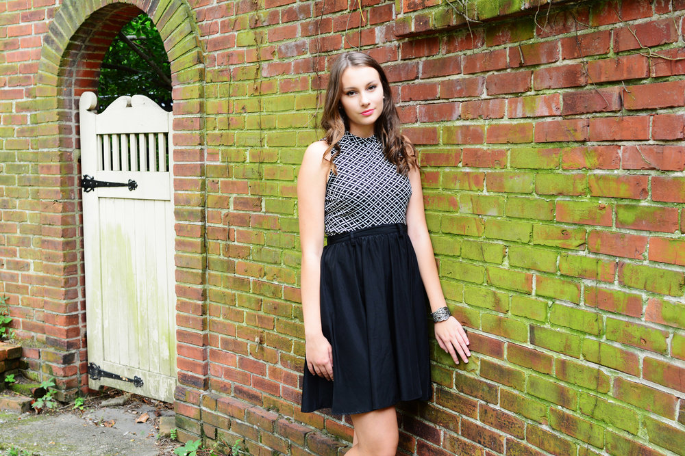 downtown Norfolk senior portrait Jan Casper Photography Virginia