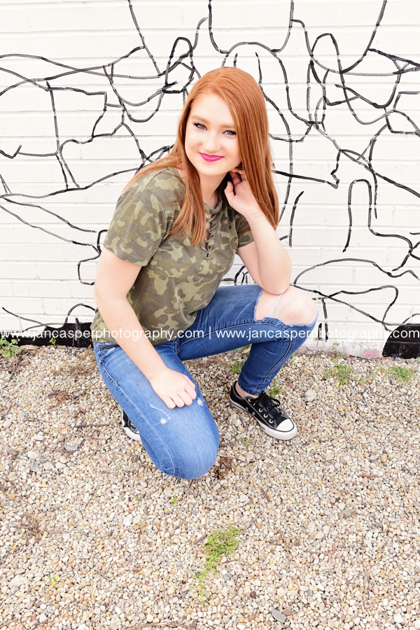 senior portrait Norfolk Virginia Jan Casper Photography Norfolk Neon Arts District
