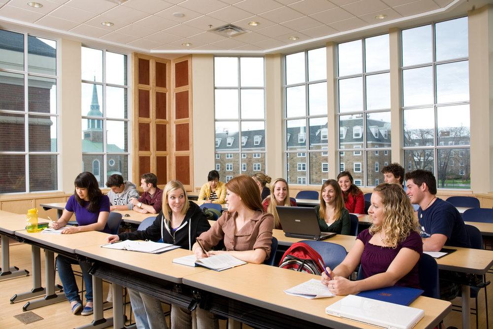 Physical_Sciences_Classroom.jpg