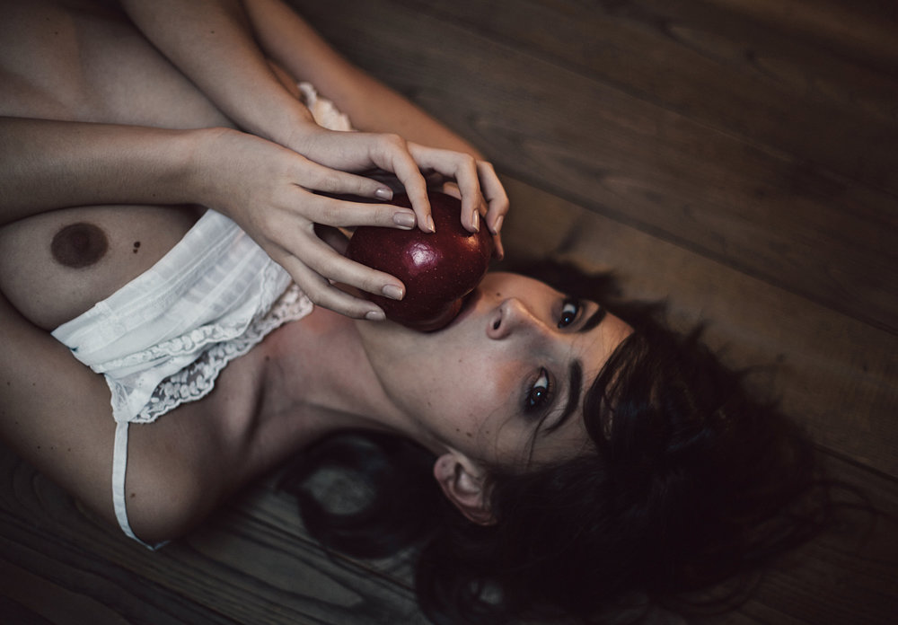 Anna-Morosini_erika-mela-1-low (1).jpg