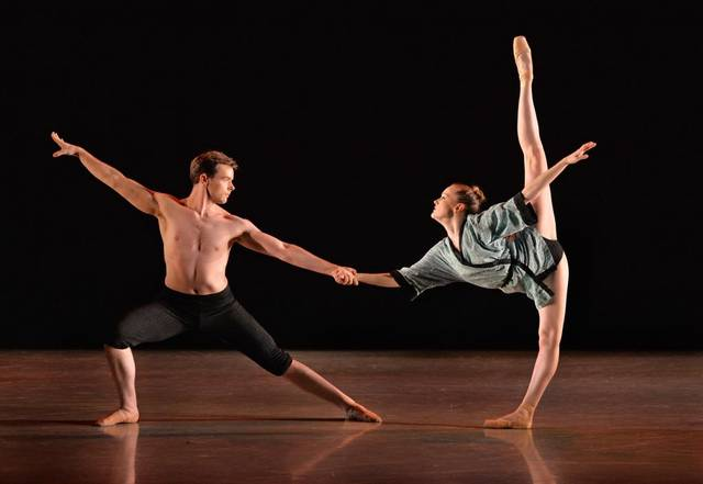 Charlotte Ballet_Innovative Works_Mark Diamond_Yamato_Dancers Sarah Lapointe.jpg